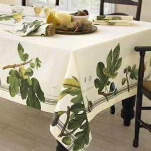 🆕Williams Sonoma Botanical Fig Tablecloth